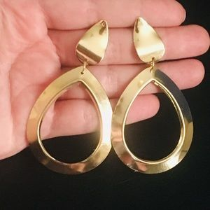 ‼️3 for 20$‼️Gold Tone Earrings